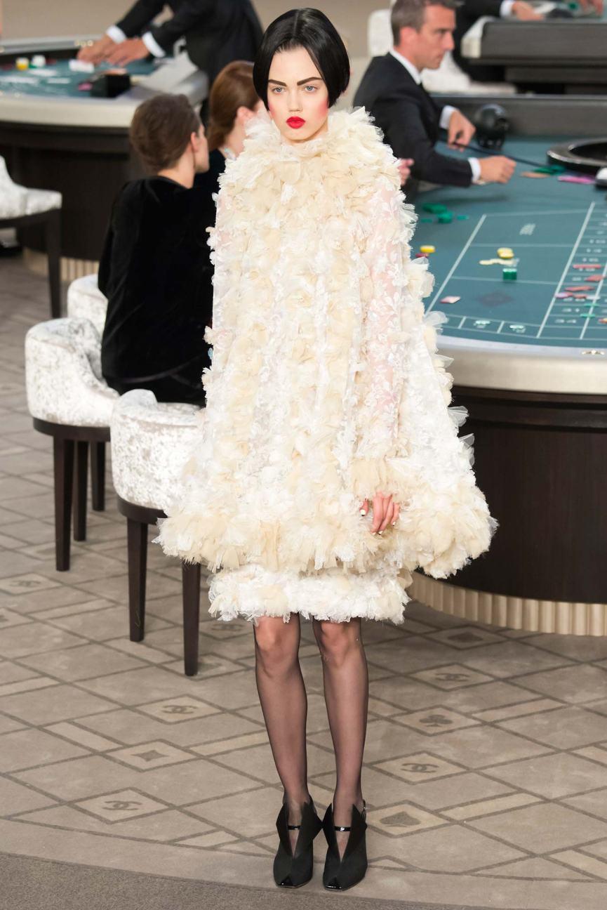 via style.com Photo: Yannis Vlamos / Indigitalimages.com